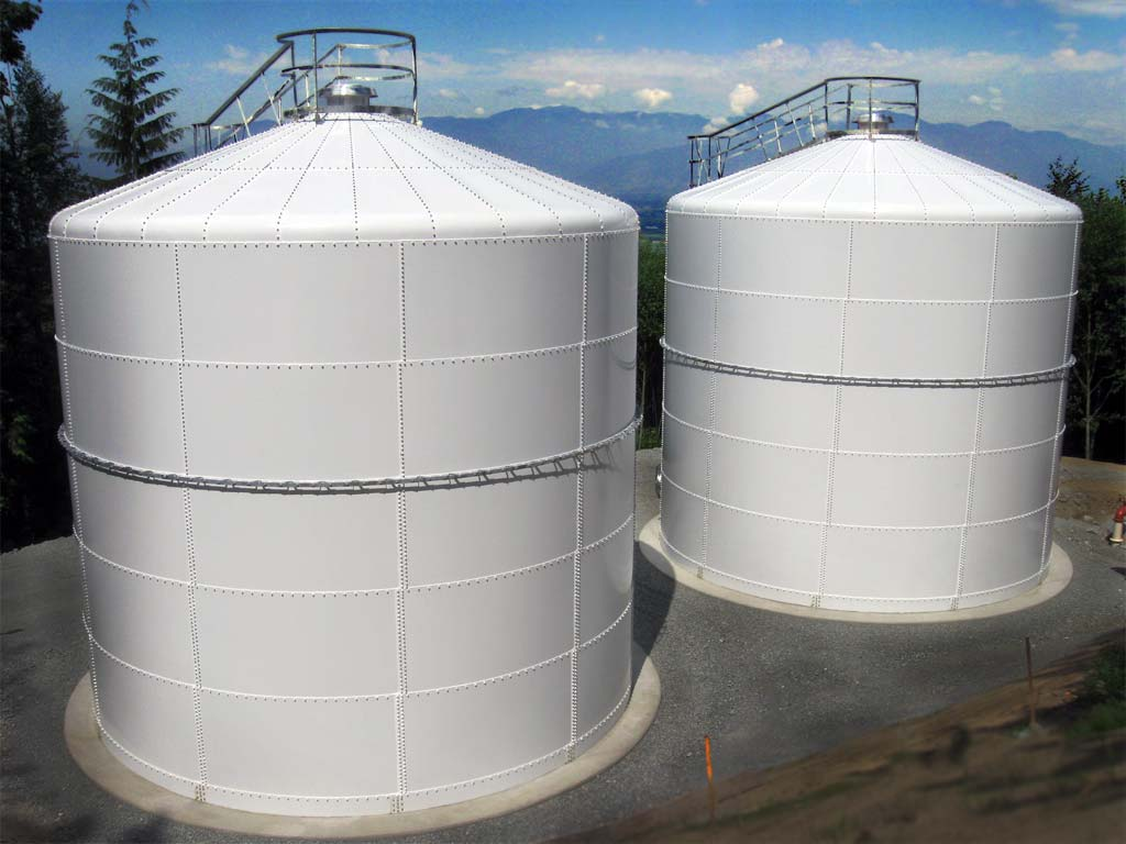 Choose The Right Choice Of Material In Water Tanks For