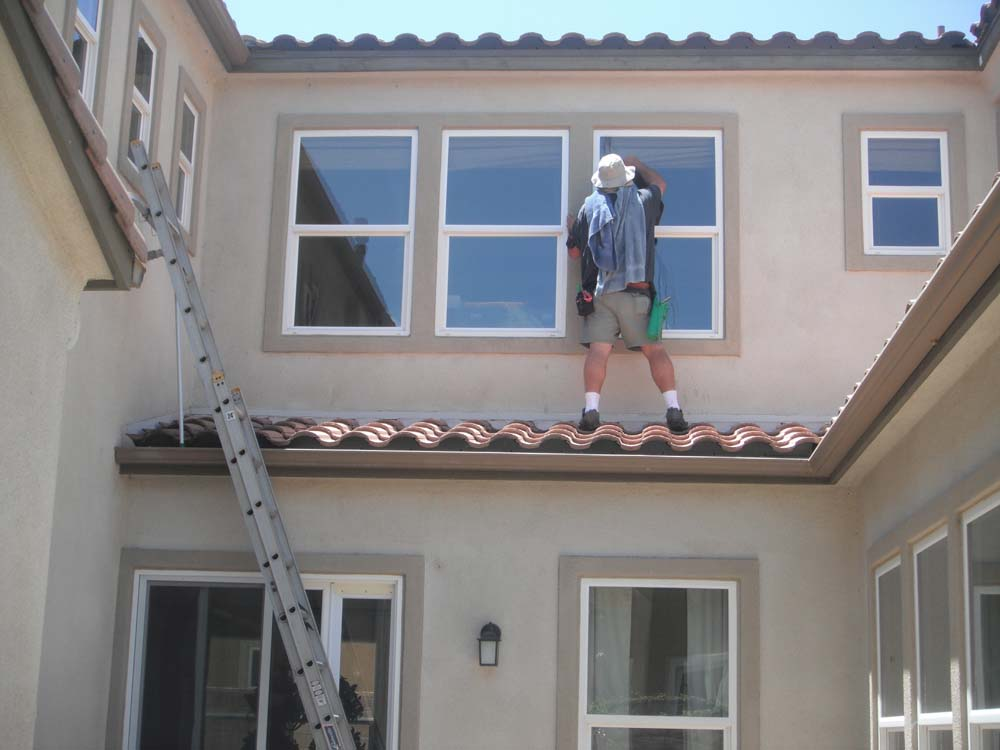 It Is Essential To Make Right Selection On Qualified Window Cleaning Firm