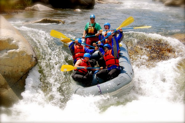 What To Expect From White Water Rafting