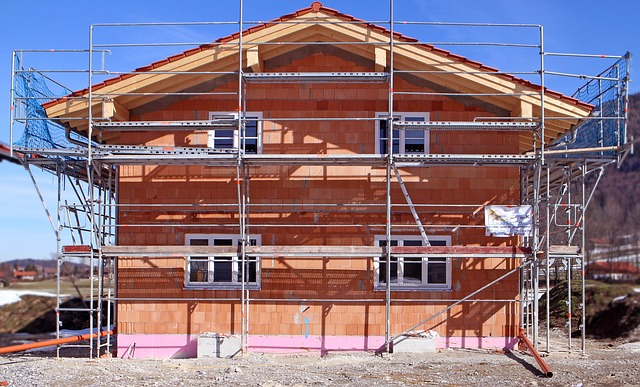 Why Should You Hire Scaffolding And What Are Its Benefits?