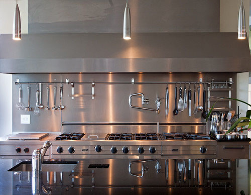 Some Of The Features Necessary For A Modern Gourmet Kitchen
