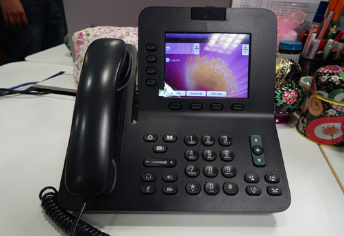 Make Your Business More Efficient By VoIP Phone Systems