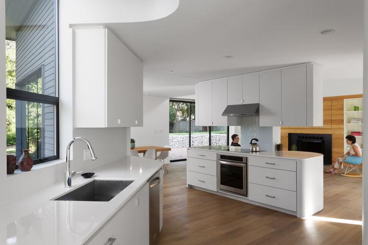 kohler-vault-sink_talis-s2-faucet-hansgrohe_kitchen_texas_renovation_arbib-hughey-design_