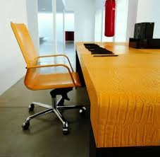 Choose Smart Modern Office Furniture and Pay Smarter