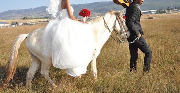 wedding_ride