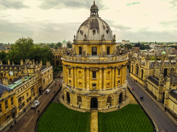 Visitors Guide To Oxford