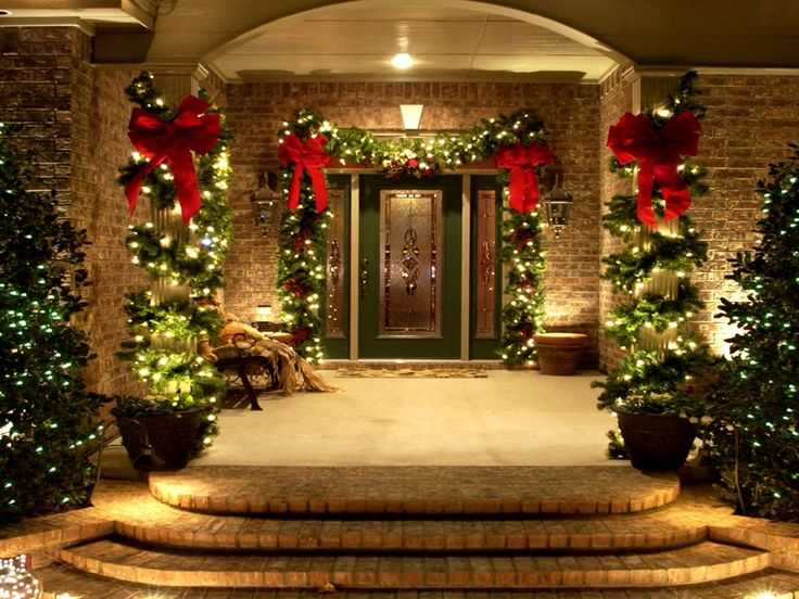 Lighting Your Home For Christmas