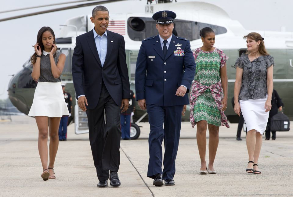 Obama Leaves DC For Massachusetts Island Vacation