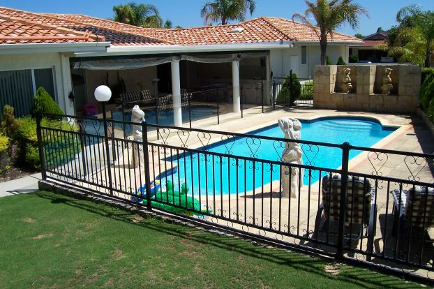 The Great Benefits Of Balustrading And Pool Fencing