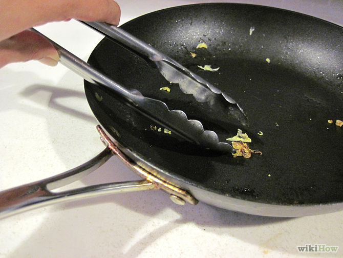 3 Home Remedies to Keep Your Non-Stick Pans Clean