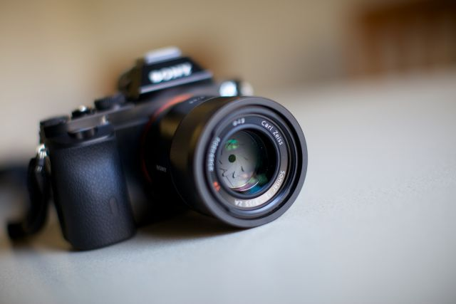 Rent2Cash: 5 Reasons Renting A Camera Is Better Than Buying One