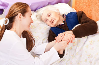 3 Personal Things To Consider When Choosing Long Term Care For An Elderly Family Member