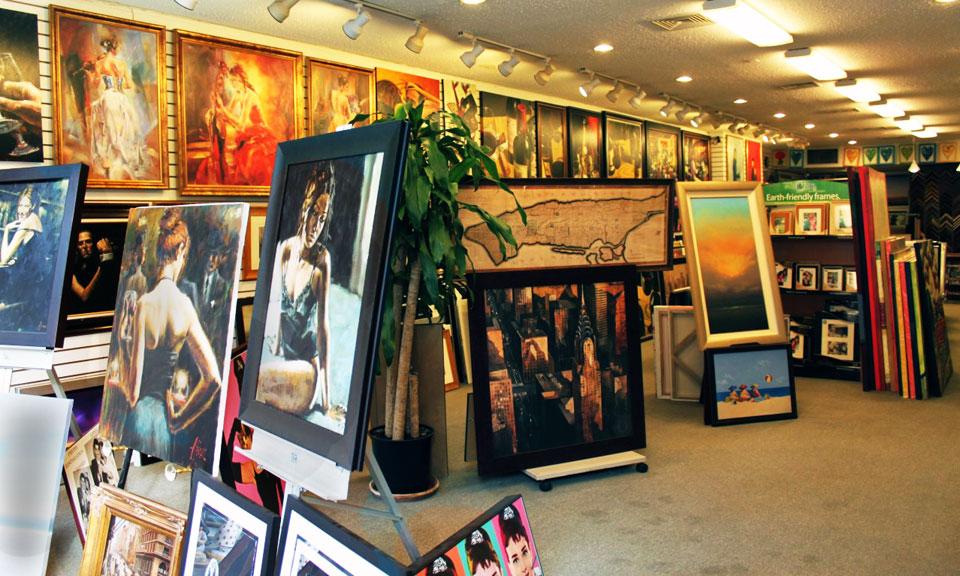 Geoffrey Key paintings in the ArtDecor Gallery