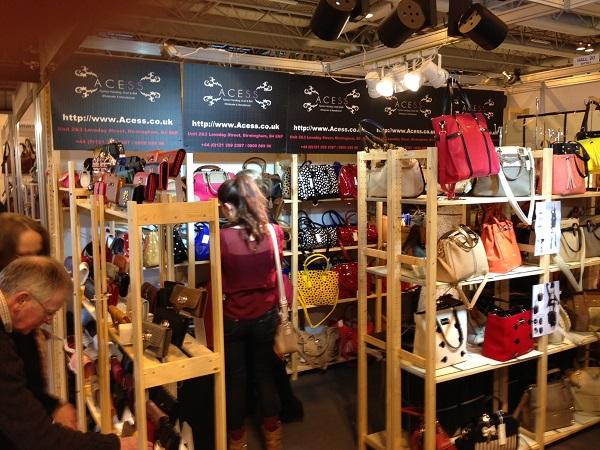 Wholesale Fashion Handbags UK
