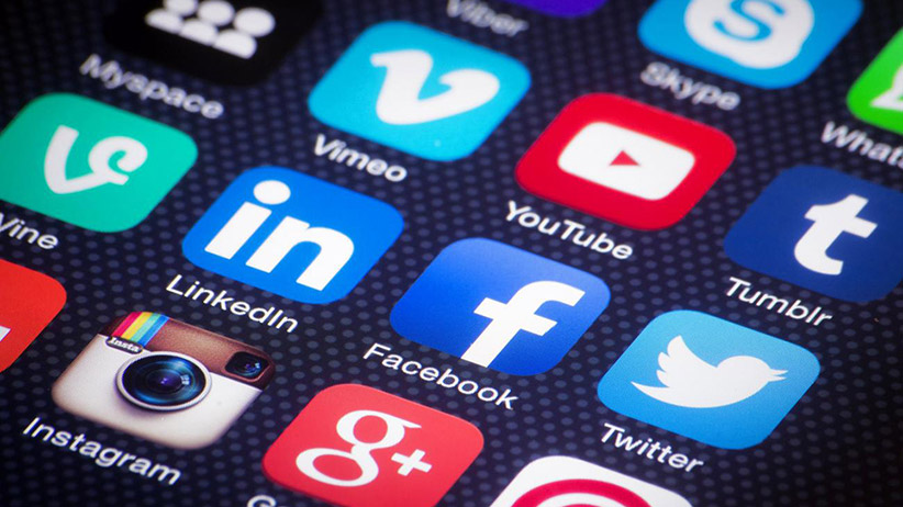5 Tips To Find A Social Media Consultant For Your Small Business