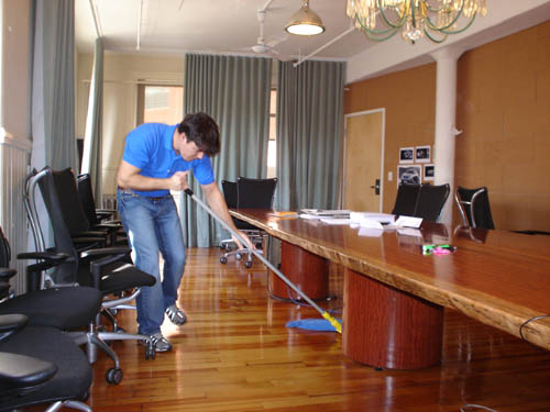 A Guide To The Need For Keeping Offices Clean