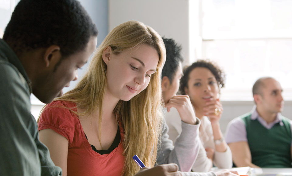 Know How Travelling Overseas Helps Built Special Attributes in Students
