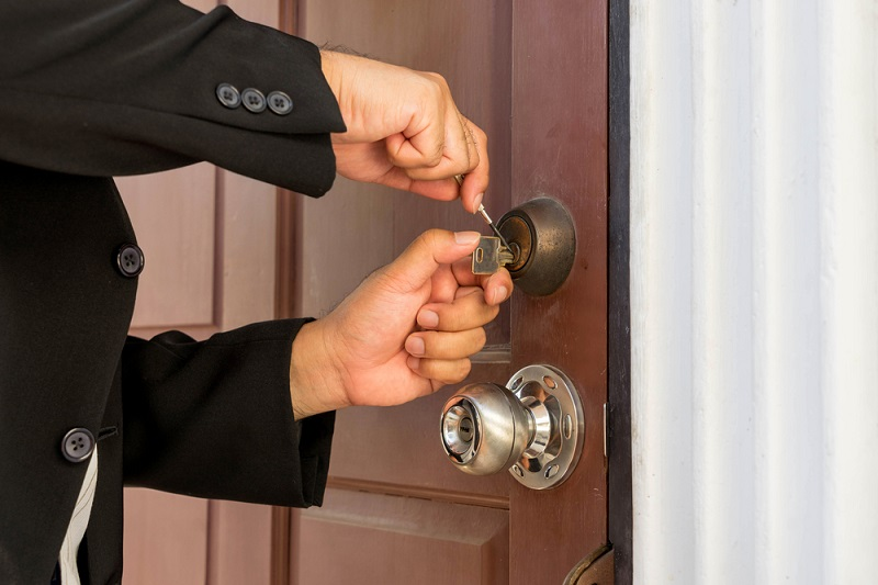 Secure Your Commercial Areas Well With The Help Of A Commercial Locksmith