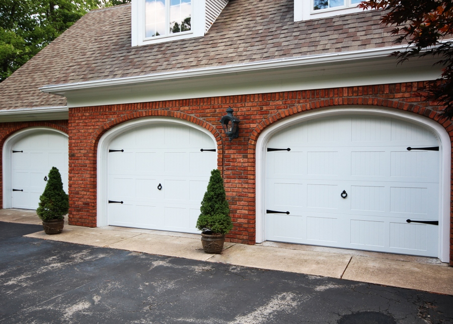 How To Begin The Search For The Garage Doors Mississauga?