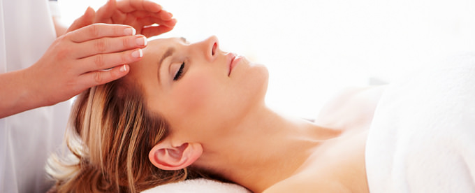 How Certified Energy Healing Practitioners Can Help You