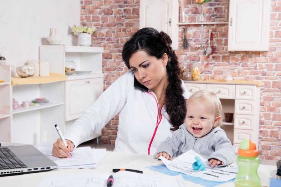 HOW TO BALANCE YOURSELF IN FAMILY AND BUSINESS