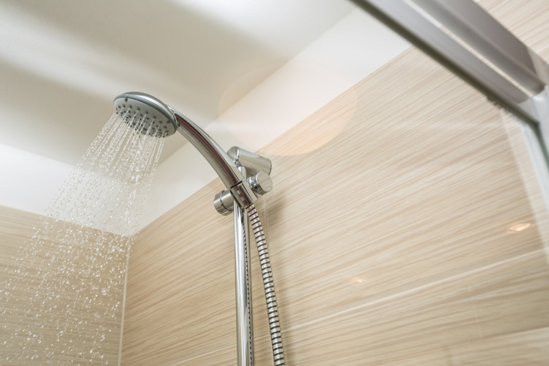 What's Better For Your Plumbing? Showers Or Baths?
